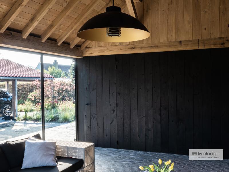Eiken poolhouse met thermisch essen gevelbekleding De Haan