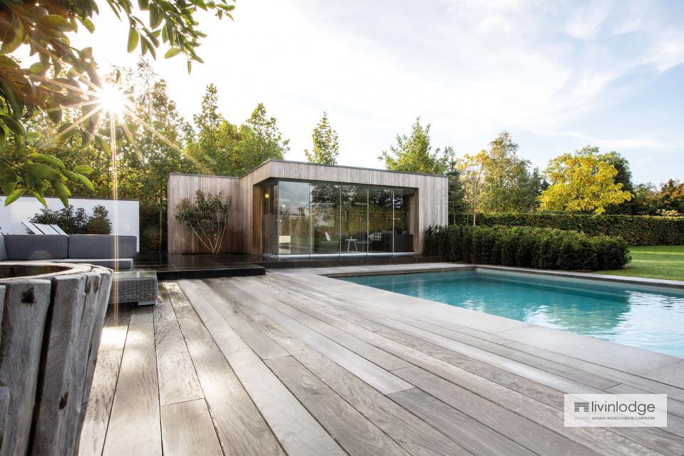 Pool house moderne en frêne HOTwood à Zwijnaarde
